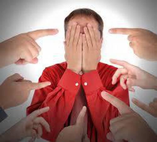 مبانی نظری و پیشینه تحقیق با موضوع اختلال اضطراب اجتماعی